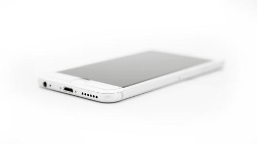 Nach der Gorillaglasmontage: unsichtbarerer Schutz für ihr Smartphone von GorillaTech